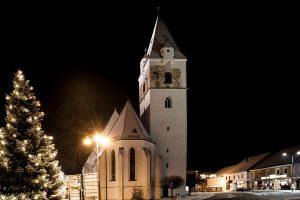 Perg Stadtpfarrkirche Winter