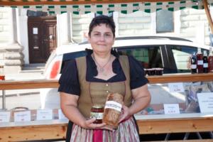 Manuela Lindner - Familie Pehböck/lindner am Perger Wochenmarkt